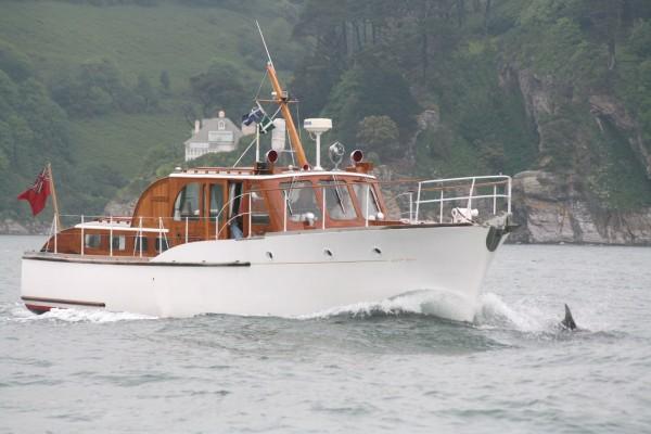 43′ Fred Parker twin screw motor yacht