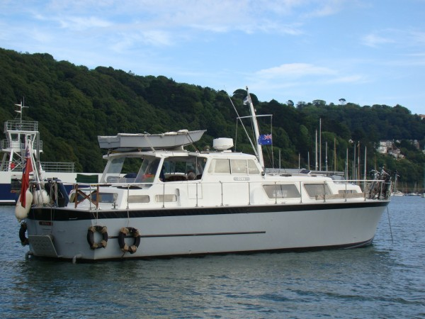 Osborne twin screw motor yacht