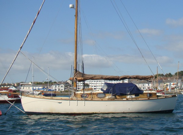 9 Ton Hillyard Cutter Wooden Sailng Yacht For Sale