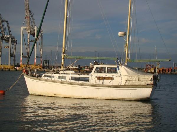 28′ Bermudan Ketch Motor Sailer