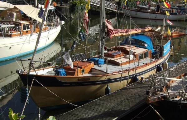 35′ Laurent Giles sloop