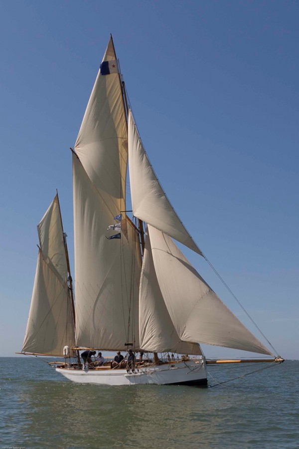 camper and nicholson gaff yawl wooden sailing yacht for sale