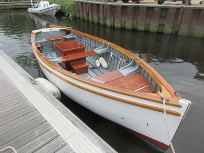 Small craft boats for sale wooden ships dartmouth for Small motor boat for sale