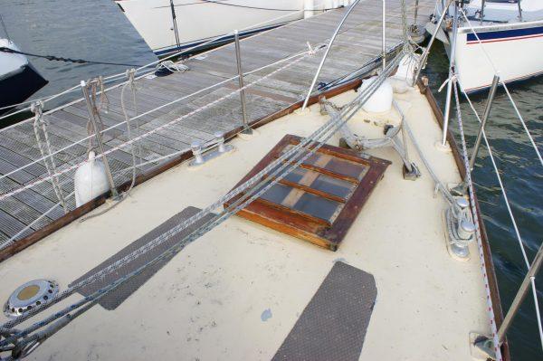 Aft Cockpit 9 ton Hillyard