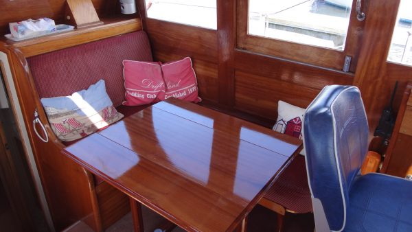 38′ Silvers Motor Yacht