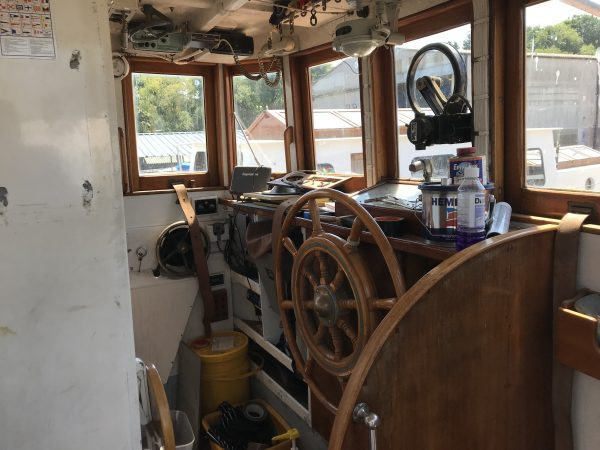 40′ Classic Gentleman's Motor Yacht