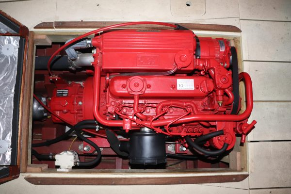 25′ Motor Launch